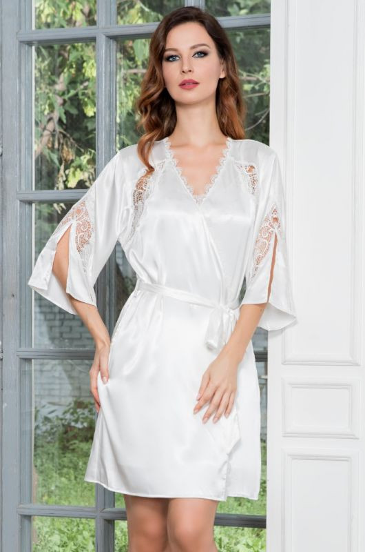 ff2d9a8bd9e1f Укороченный белый шелковый комплект Mia-Mia (халат и сорочка) купить ...