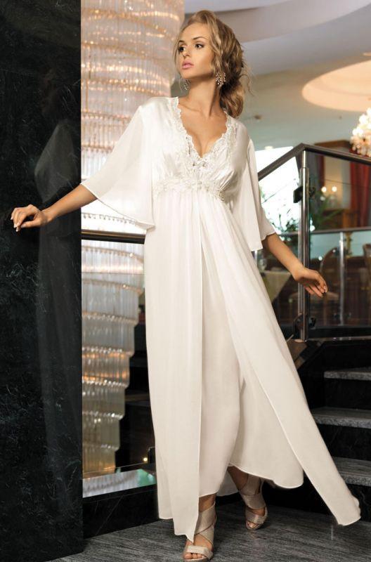 a86e2908532d4 Белый длинный шелковый халат Mia-Mia купить в интернет-магазине ...