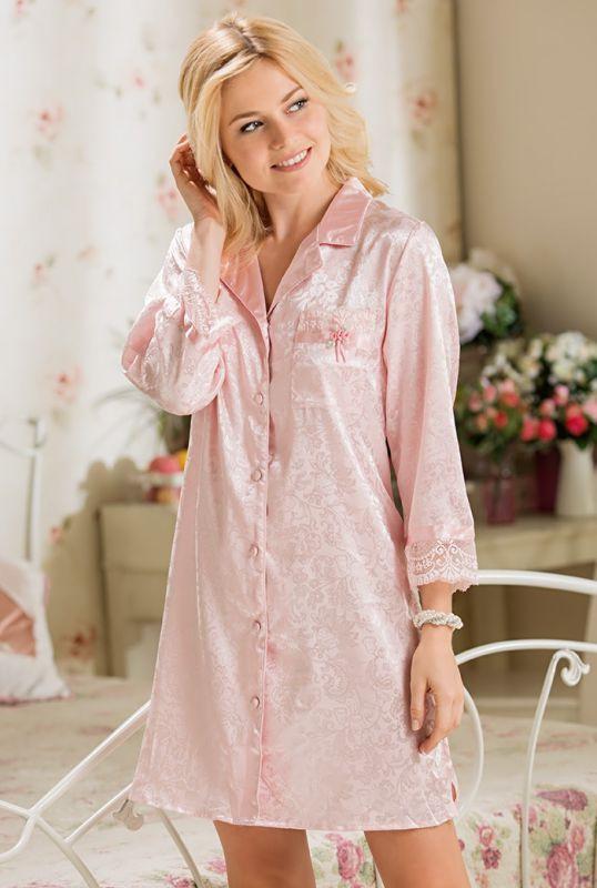 79e382a4503 Нежно-розовая ночная рубашка с кармашком купить в интернет-магазине ...