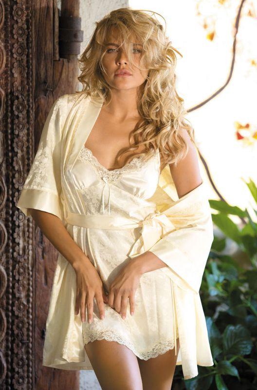 f1ce8e656436c Шелковый халат Mia-Mia шампань купить в интернет-магазине Comfortstory